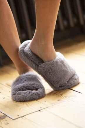 Cosy Faux Fur Slider Slippers - Mink Grey