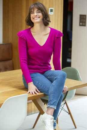 Frill Shoulder Compact Knit Top - Fuchsia
