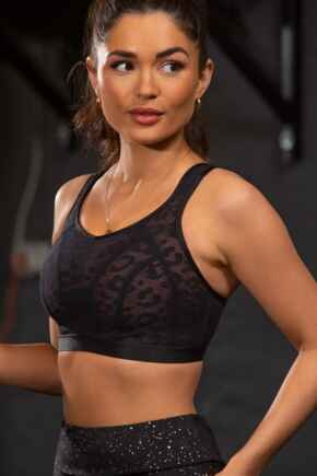 Energy Strive Non Wired Non Padded Lined Full Cup Sports Bra - Black Lace