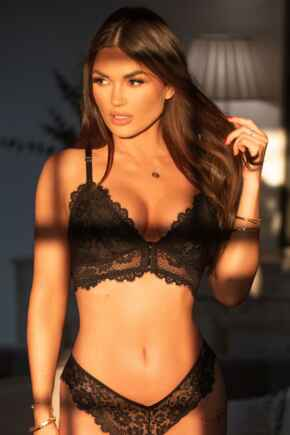 India Eyelash Lace Front Fastening Non Wired Bralette  - Black