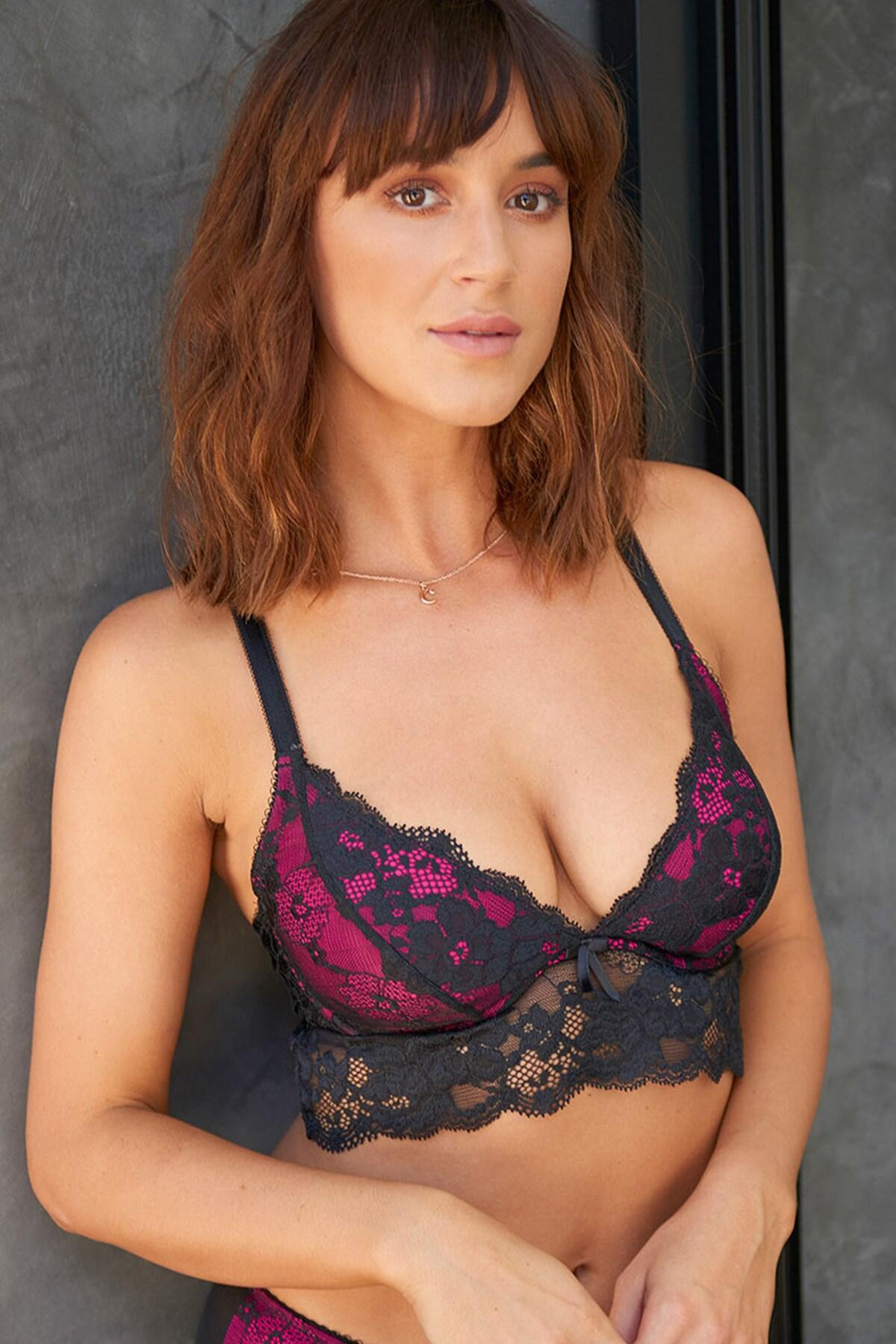 Amour Convertible Underwired Bralette - Black/Fuchsia