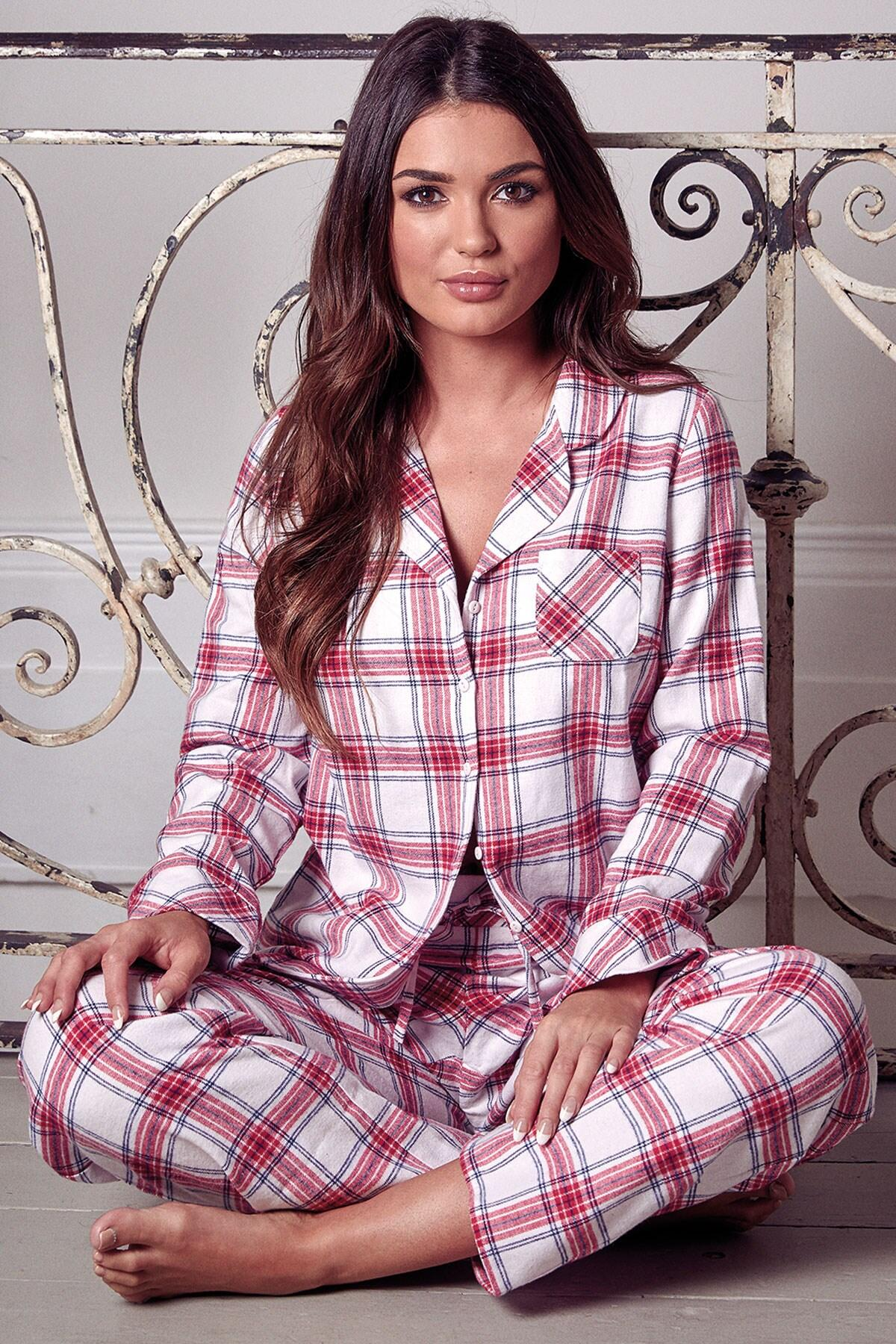 b0d41fc47 Pour Moi Cosy Check Pyjama Set White/Red