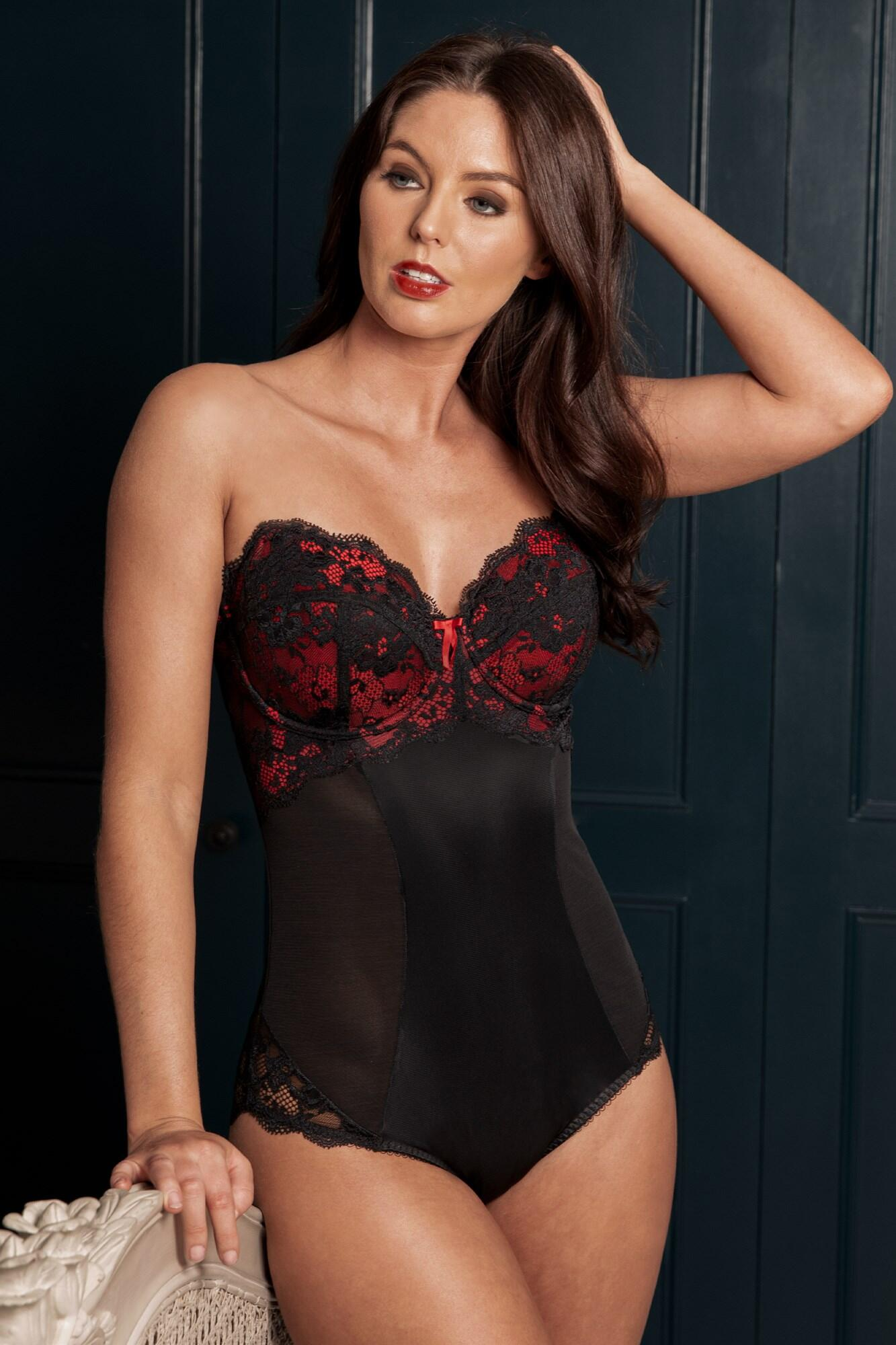 Amour Strapless Lightly Padded Underwired Body - Black/Scarlet