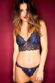 Amour Convertible Underwired Bralette - Black/Blue